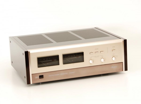 Accuphase P-300 V