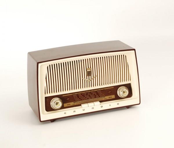Grundig Type 87 Röhrenradio