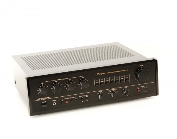 Accuphase E-206 B