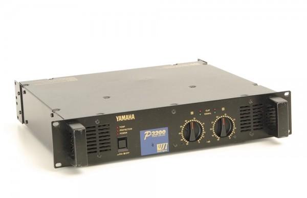 Yamaha P3200