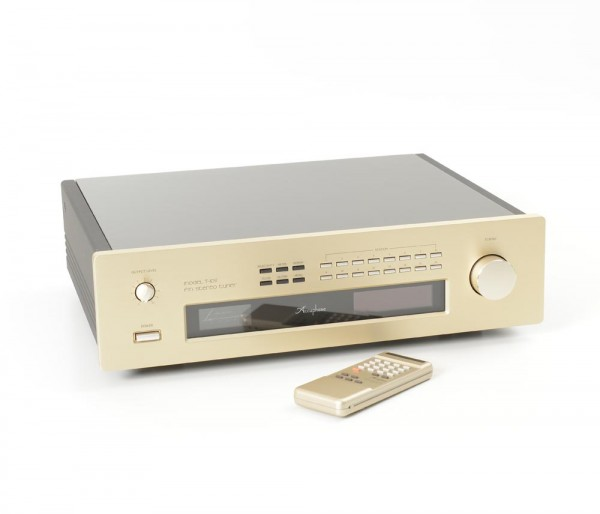 Accuphase T-109