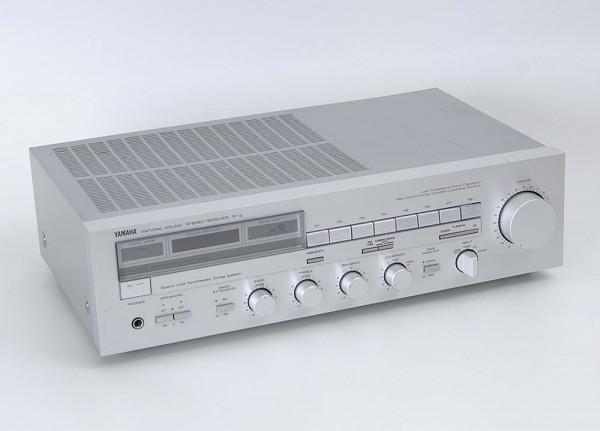 Yamaha R-3