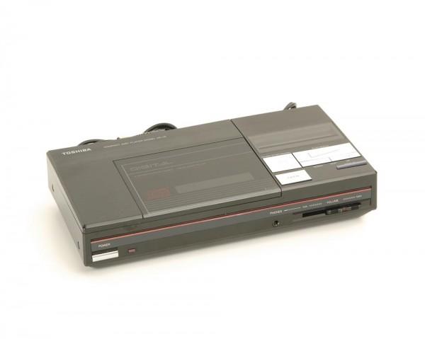 Toshiba XR-J 9