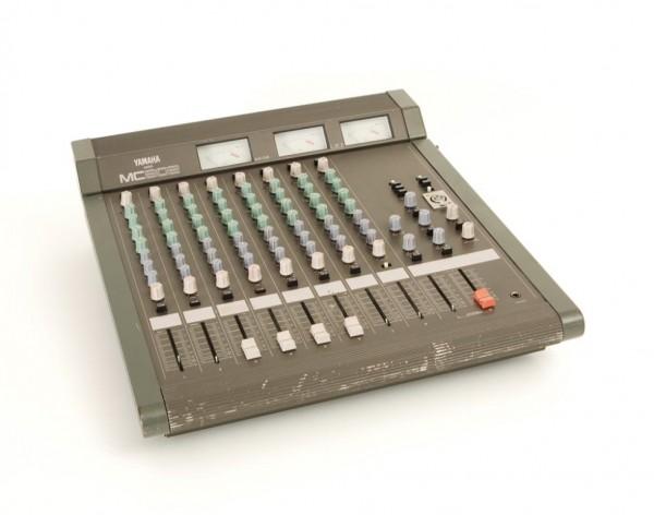 Yamaha MC 802 Mischpult Mixer