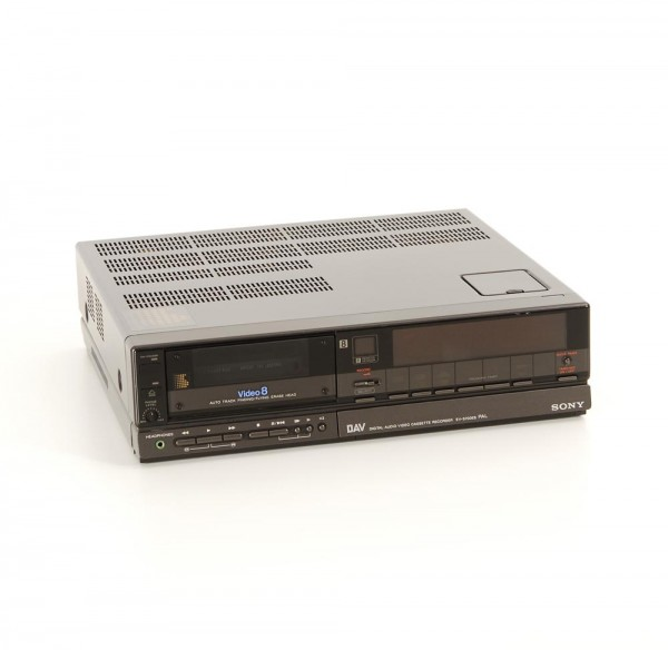 Sony EV-S700 ES Videorekorder Video 8