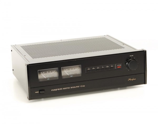 Accuphase E-302