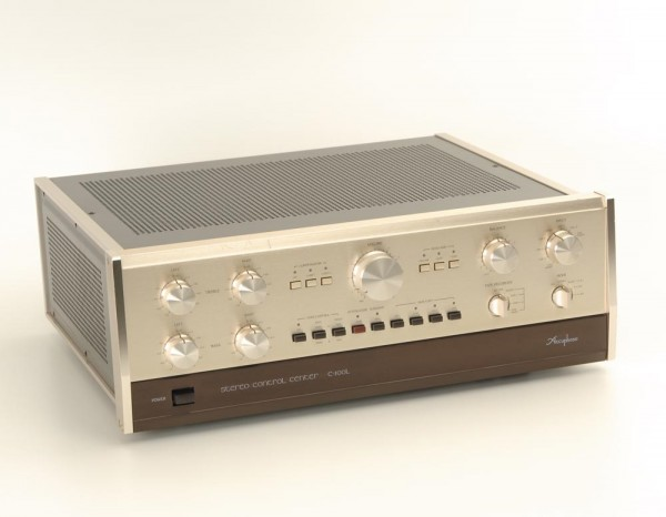 Accuphase C-200 L