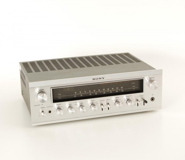 Sony STR-7075 Receiver