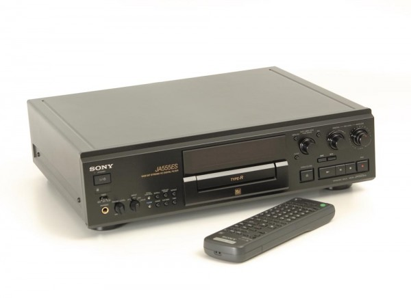 Sony MDS-JA-555 ES