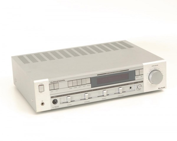 Grundig V-7500