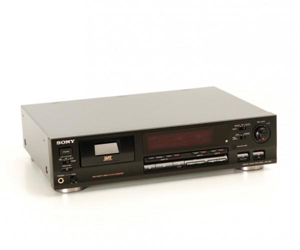 Sony DTC-690