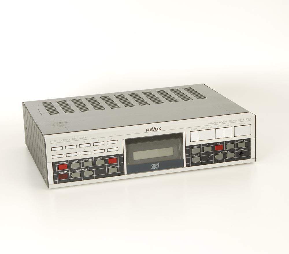 revox b 225 cd player cd ger te ger te gebrauchte hifiger te kaufen. Black Bedroom Furniture Sets. Home Design Ideas
