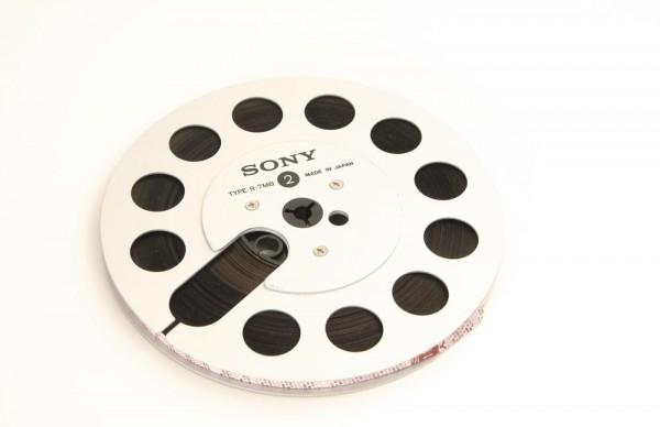 Sony R-7 MB Spule voll
