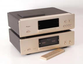 Accuphase DP-100 + DC-101