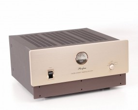 Accuphase PS-1200 Stromaufbereiter