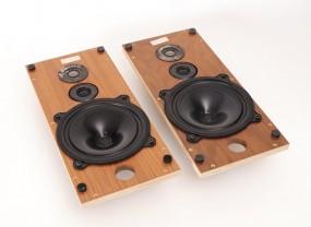 B & W DM-4 Schallwände