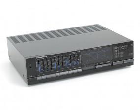 Gundig V-8200