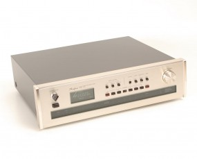 Accuphase T-105