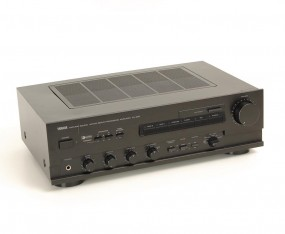 Yamaha AX-630