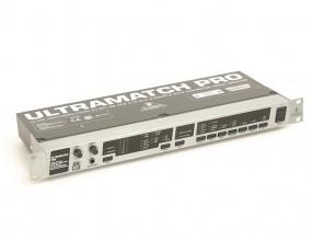 Behringer Ultramatch SRC 2496
