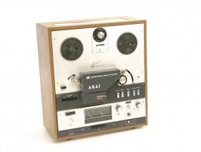 Akai X-360 D Tonbandgerät
