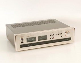 Accuphase T-103