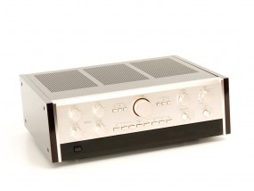 Accuphase C-200 V
